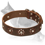 Classy Camomile Design Full Grain Selected Leather Collar