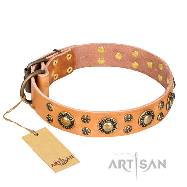 Inimitable full grain natural leather dog collar for handy use