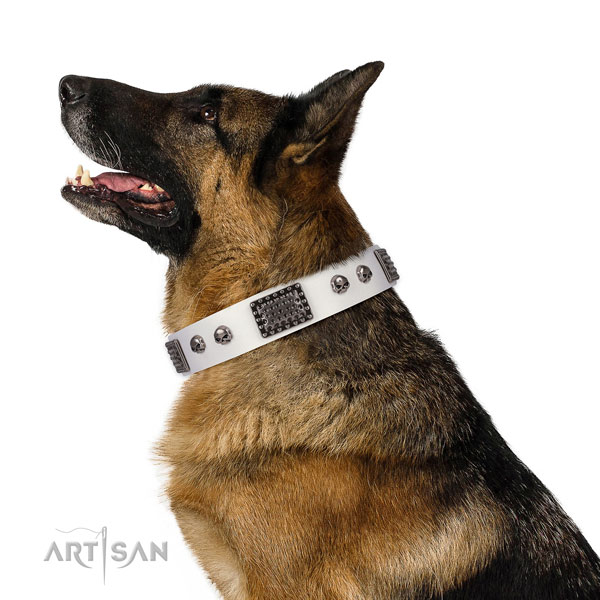 Easy adjustable natural genuine leather collar for your lovely pet