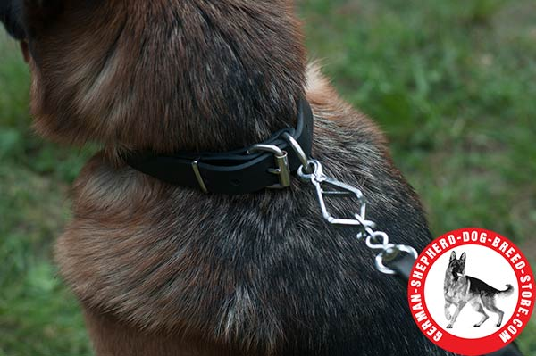 Time-proof Leather German Shepherd Collar with Strong Hardware
