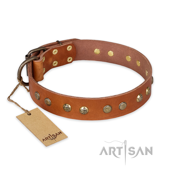 Easy adjustable full grain genuine leather dog collar with rust-proof buckle