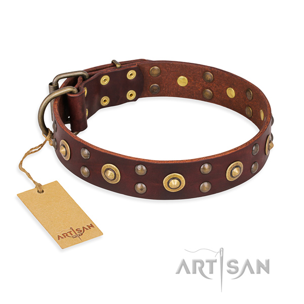 Stylish design genuine leather dog collar with reliable hardware