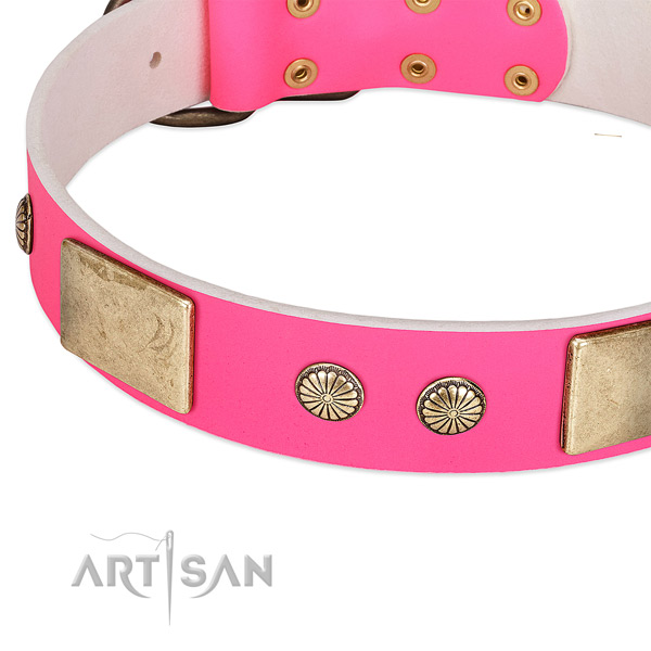 Rust-proof D-ring on full grain leather dog collar for your four-legged friend