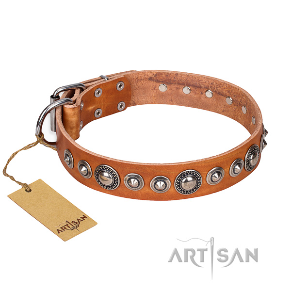 Full grain genuine leather dog collar made of best quality material with strong fittings