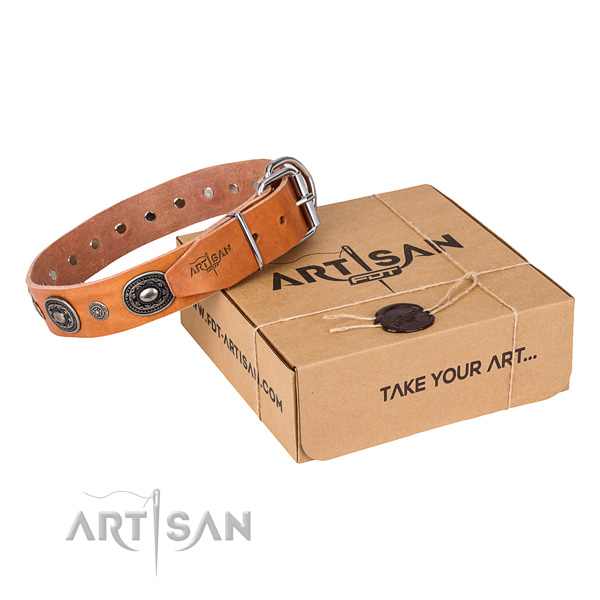 Flexible natural genuine leather dog collar handmade for easy wearing