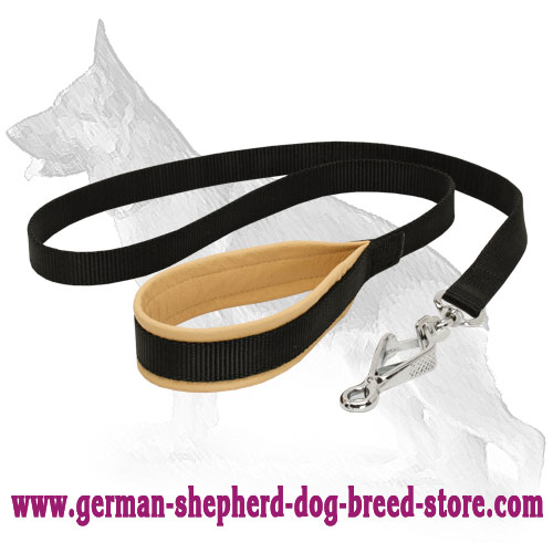 Nylon German Shepherd Leash for Safe Walking