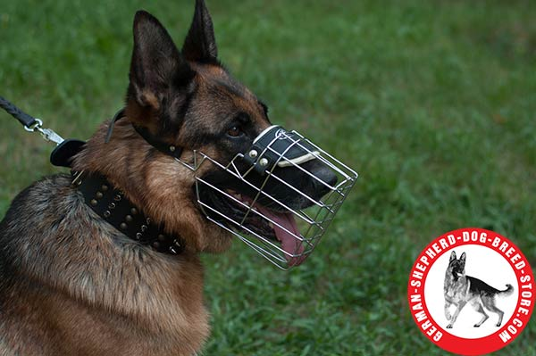 Well-ventilated Wire Muzzle for German Shepherd Free Breathing